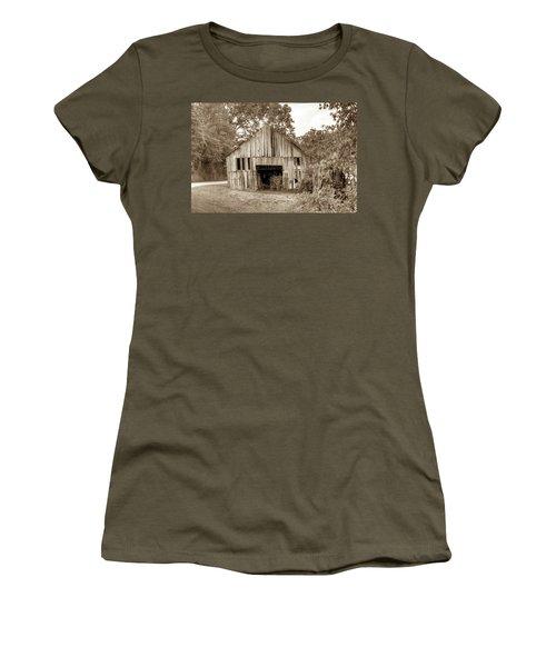 Wells Barn 16 Women's T-Shirt