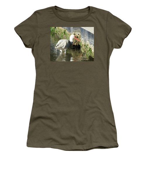 White Ibis Headed Home Women's T-Shirt (Athletic Fit)