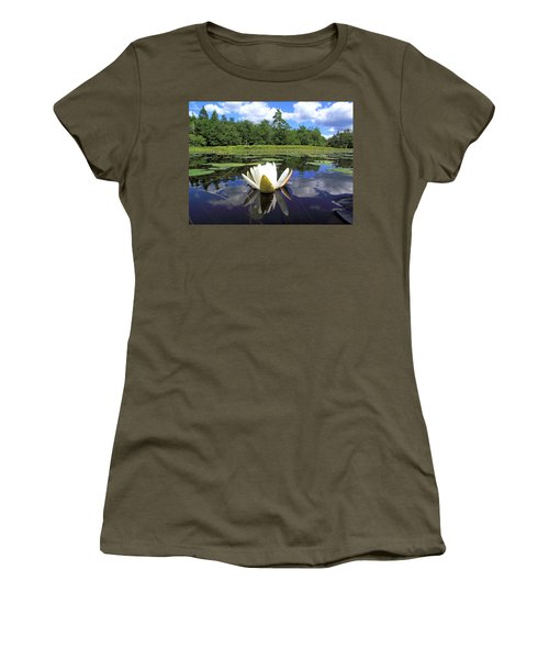 White Waterlily On A Lake Women's T-Shirt (Athletic Fit)