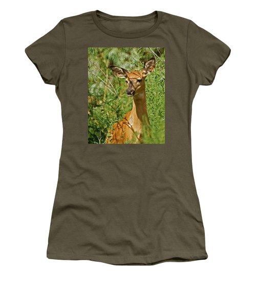 Whitetail Doe Painterly Women's T-Shirt