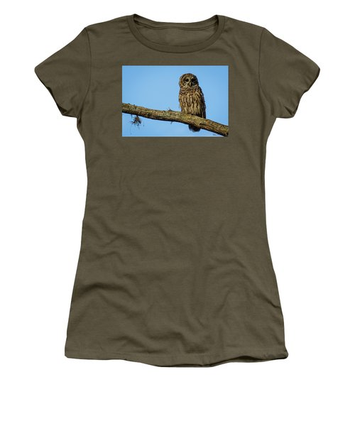 Whooo Women's T-Shirt (Athletic Fit)