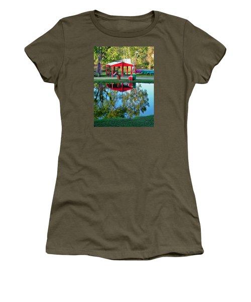 Wilderness Canoe Women's T-Shirt (Athletic Fit)