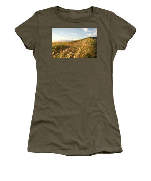 Windmill And The Fence Sundown Women's T-Shirt