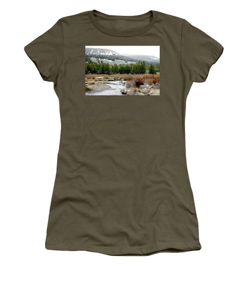 Wise River Montana Women's T-Shirt (Athletic Fit)