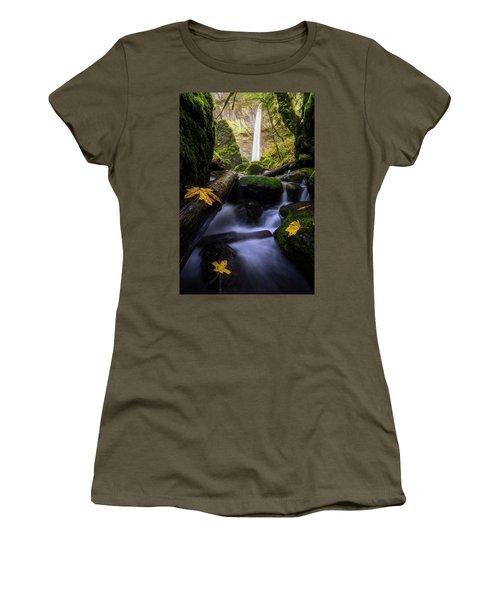 Wonderland In The Gorge Women's T-Shirt