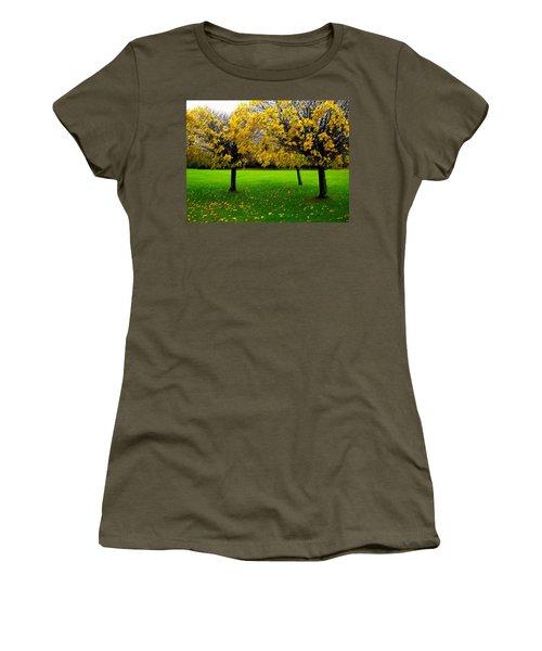 Yellow Leaves At Muckross Gardens Killarney Women's T-Shirt