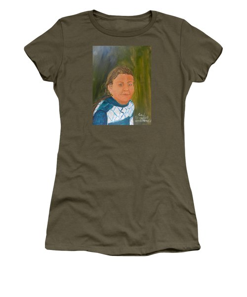 Young Model Women's T-Shirt (Athletic Fit)