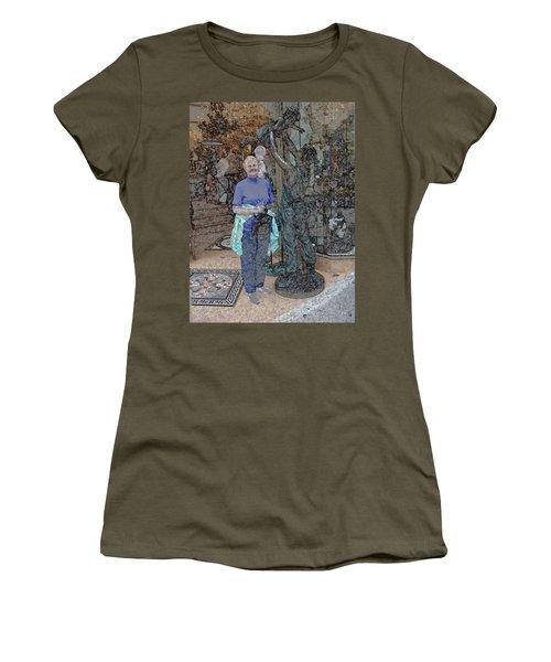 062719 Tourist San Fransico Women's T-Shirt
