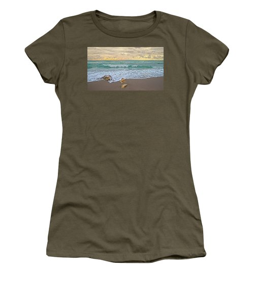 Jupiter Beach Women's T-Shirt