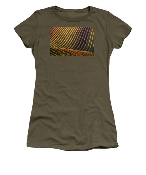 Line And Vine Women's T-Shirt