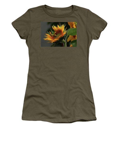 The Close Up Women's T-Shirt