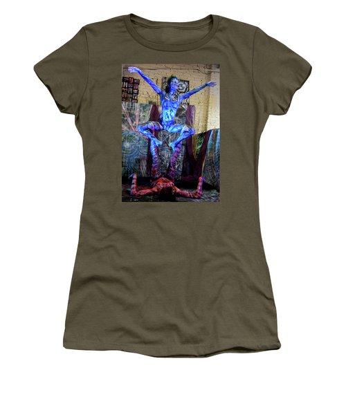 Aien Crane Women's T-Shirt