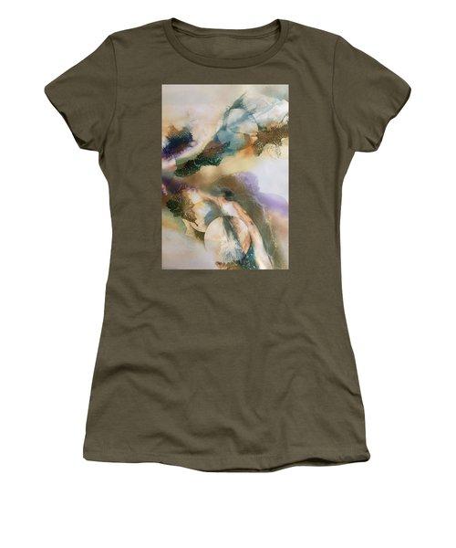 Aint No Mountian High Enough Women's T-Shirt