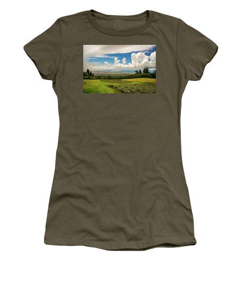 Alii Kula Lavender Farm Women's T-Shirt