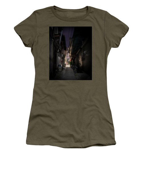 Women's T-Shirt featuring the photograph Alleyway On Old West Street by William Dickman