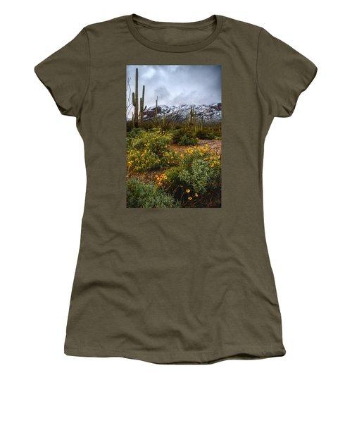 Arizona Flowers And Snow Women's T-Shirt
