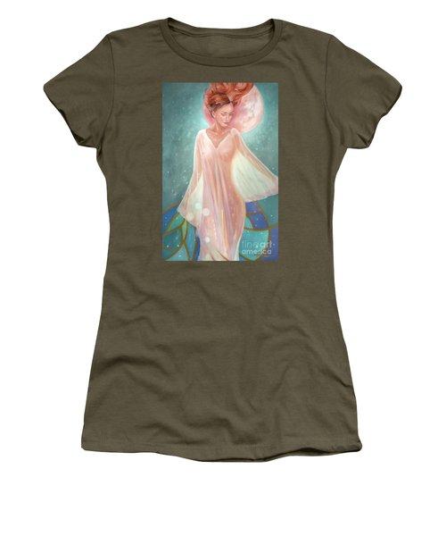 Asteria Nouveau Women's T-Shirt