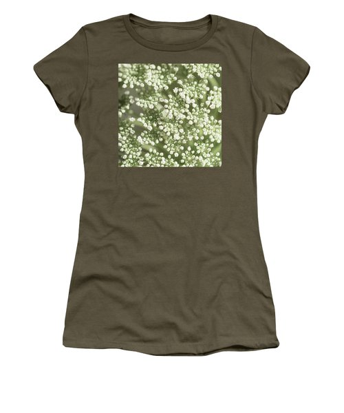 Babys Breath 1308 Women's T-Shirt