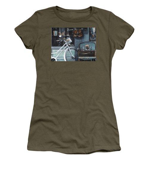 Bagging A Bargain Women's T-Shirt