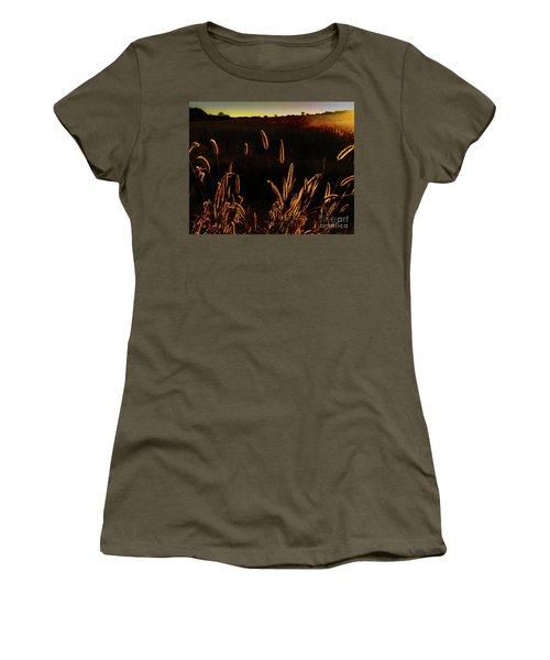 Beauty In Weeds Women's T-Shirt