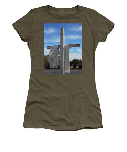 Behold, He Is Coming With The Clouds, Women's T-Shirt