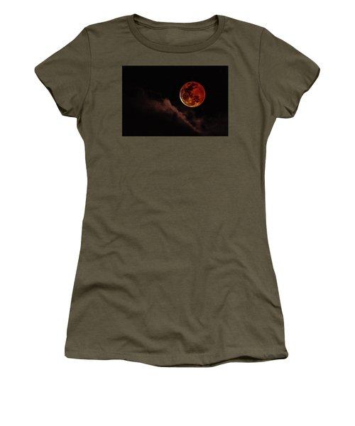 Blood Moon Rising Women's T-Shirt