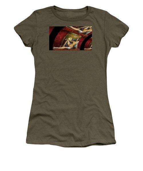 Blooming Queen Women's T-Shirt