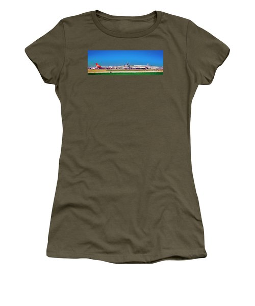 Chicago, International, Terminal Women's T-Shirt