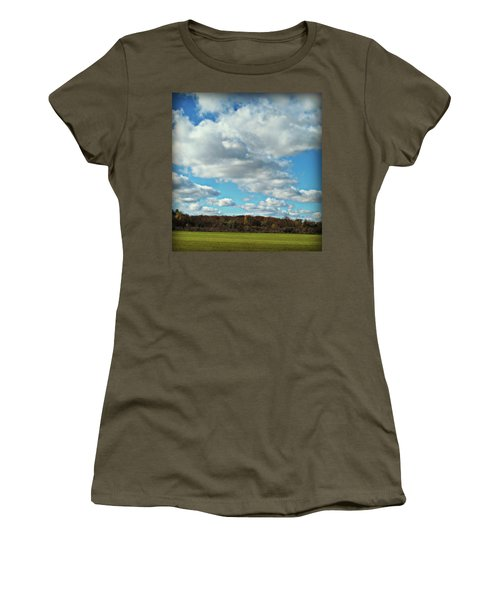 Country Autumn Curves 7 Women's T-Shirt