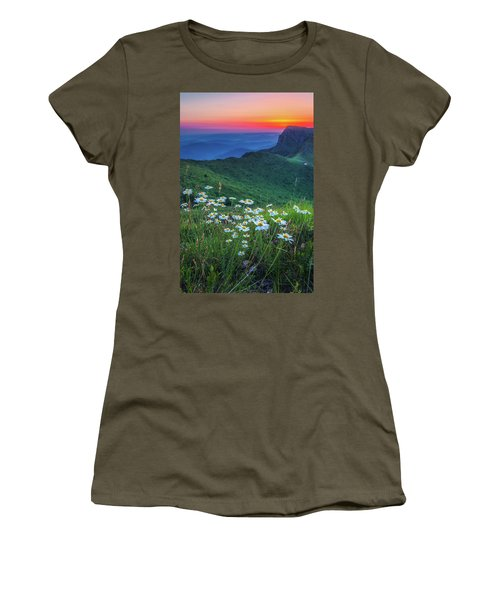 Daisies In The Mountain Women's T-Shirt
