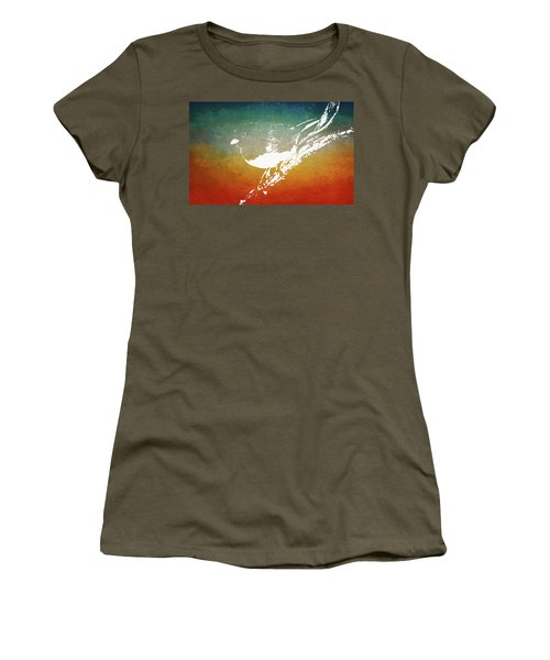 Dark-eyed Junco Women's T-Shirt