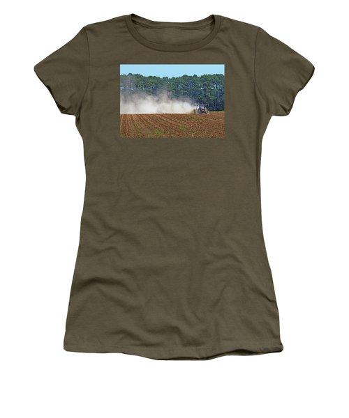 Dust Farming Women's T-Shirt