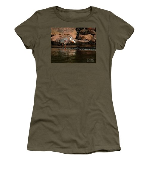 Women's T-Shirt featuring the photograph Eye To Eye by Debbie Stahre