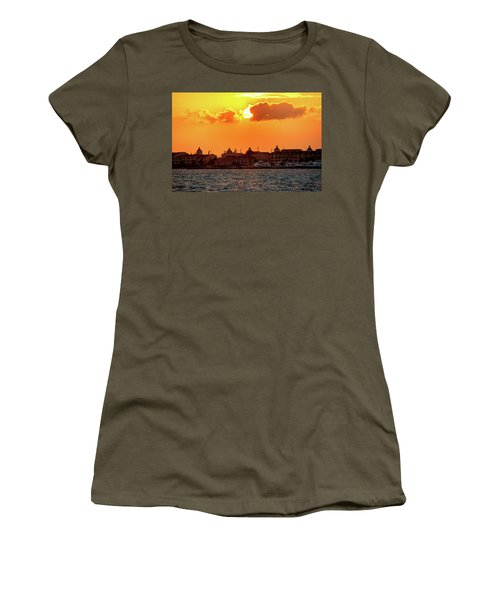 Golden Sky In Cancun Women's T-Shirt