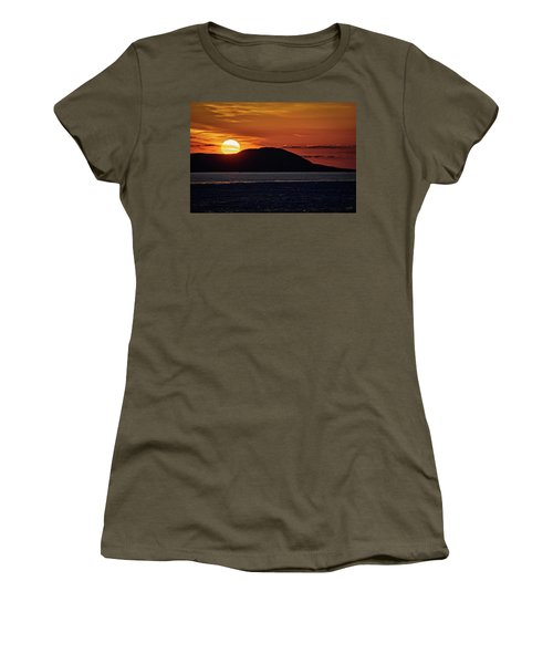 Women's T-Shirt featuring the photograph Goodnight Superior by Doug Gibbons