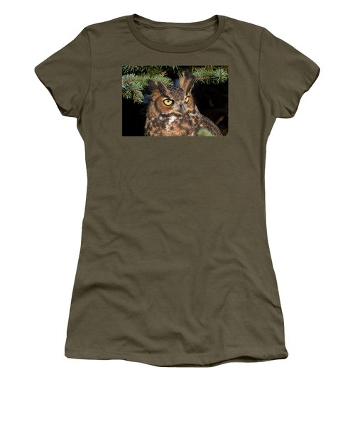 Great Horned Owl 10181802 Women's T-Shirt