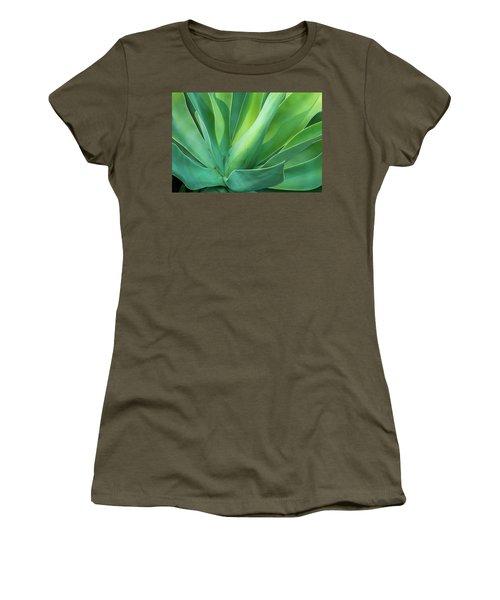 Green Minimalism Women's T-Shirt