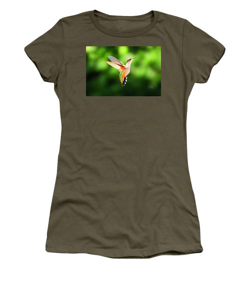 Hummingbird Hovering Women's T-Shirt