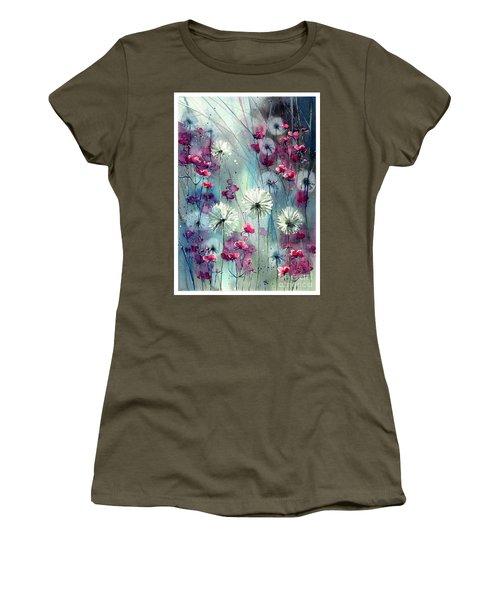In The Night Garden - Pink Buds  Women's T-Shirt