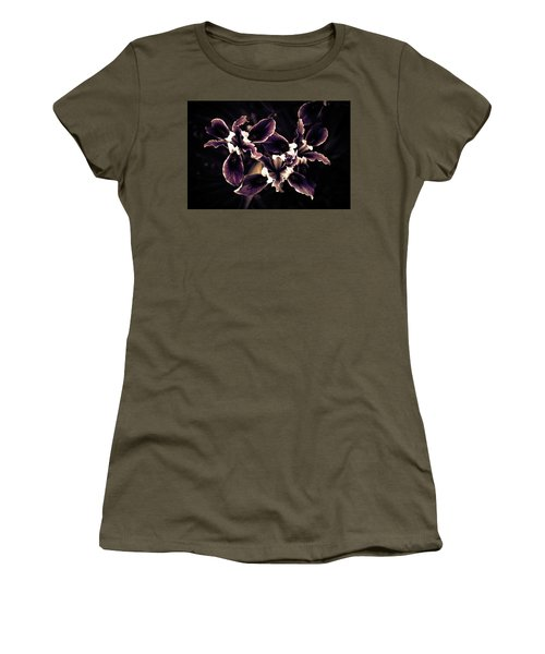 Irresistible Iris Women's T-Shirt