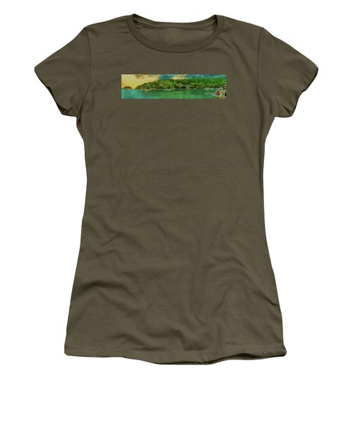 Women's T-Shirt featuring the photograph Keeping An Eye On The Big Picture by Leigh Kemp