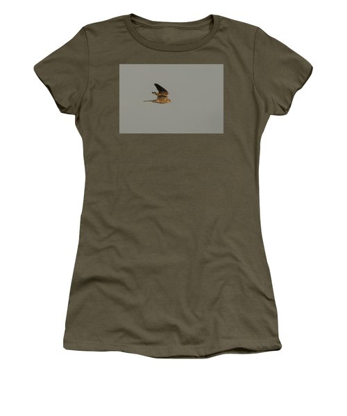 Kestrel Sundown Flyby Women's T-Shirt