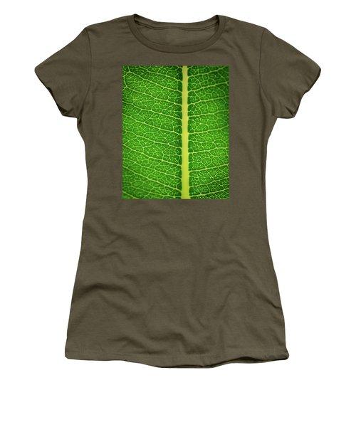 Leafy Detail Women's T-Shirt
