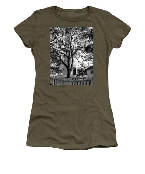 Lighthouse Labor Women's T-Shirt