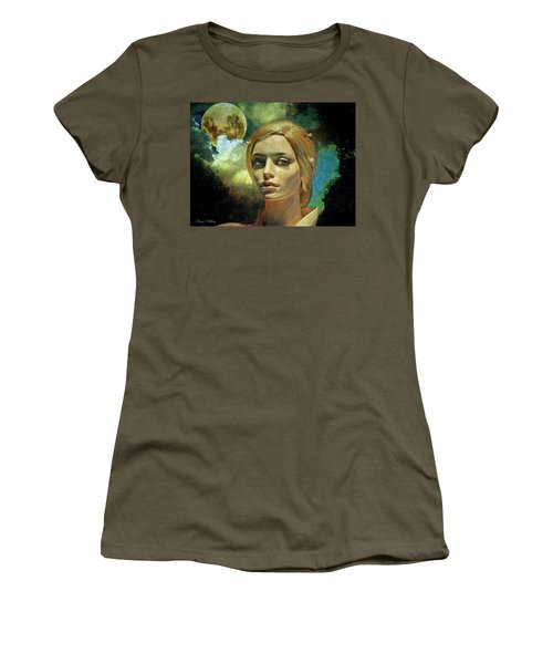 Luna In The Garden Of Evil Women's T-Shirt