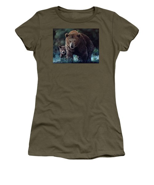 Mama Brown With Cubs Women's T-Shirt