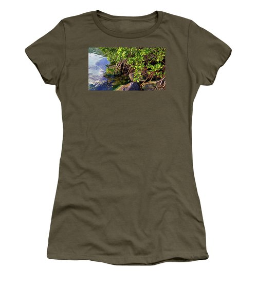 Mangrove Bath Women's T-Shirt