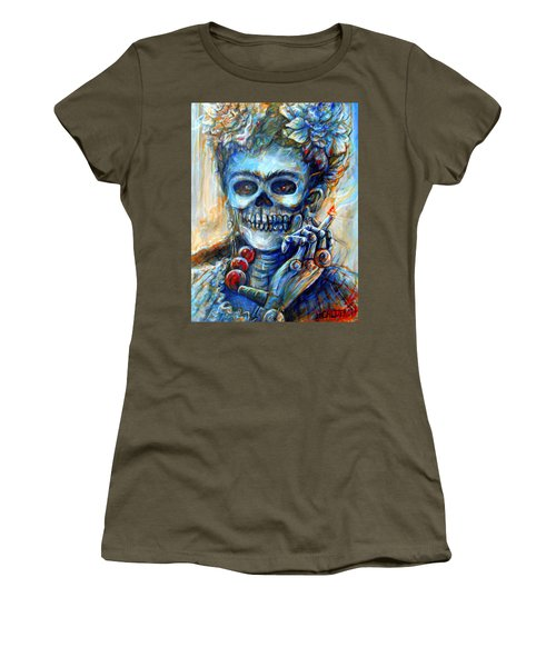 Mi Cigarrillo Women's T-Shirt