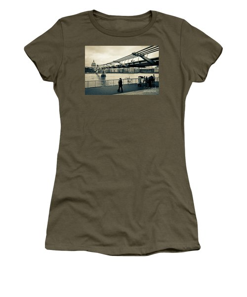 Millennium Bridge 03 Women's T-Shirt