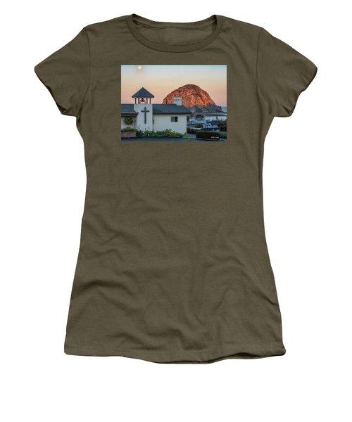 Moonset Above Morro Rock Women's T-Shirt